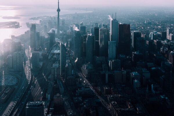 Tag på køreferie til spændende Toronto