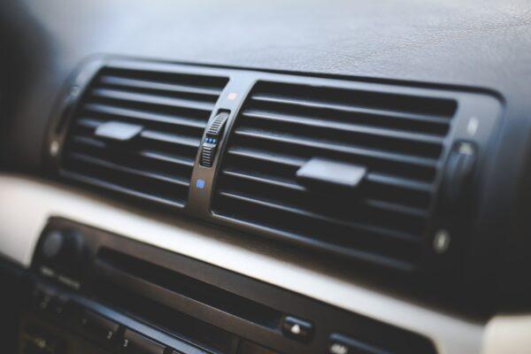 Giv bilen et aircondition tjek